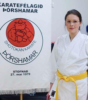 Kitty æfir karate hjá Þórshamri (Ljósmynd: Birkir Jónsson)