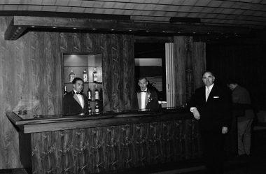 Maí 1963, nýr bar á Hótel Borg.